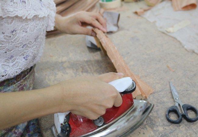 Manual Veneer-pasting